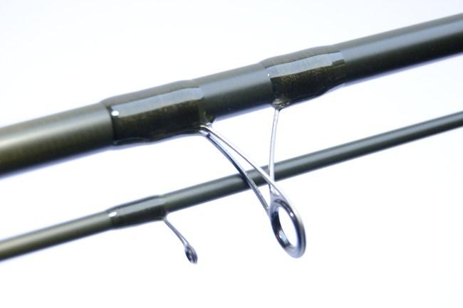 Die sehr leichten Matchringe geben der Allround Float eine schnelle und direkte Aktion.