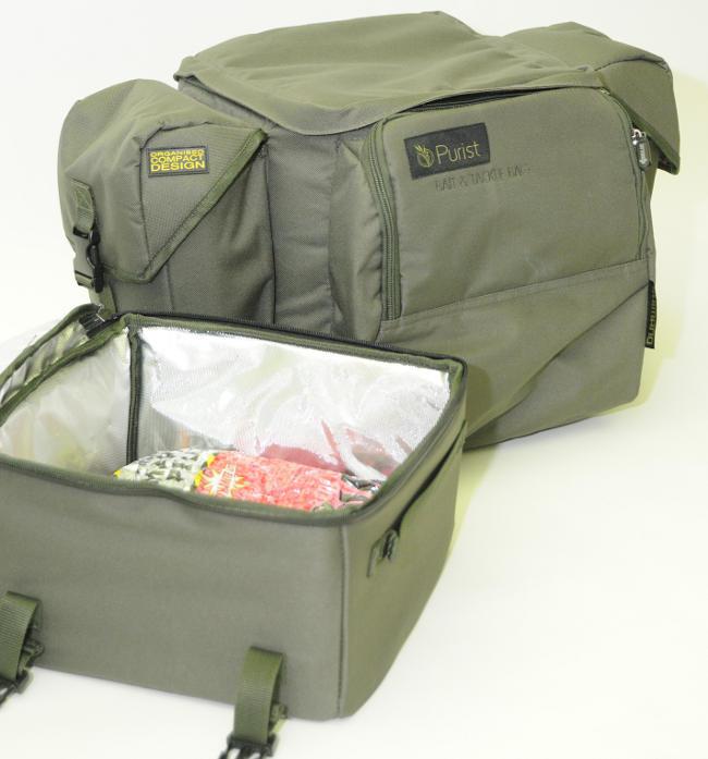 Die Tacklebag kann man abnehmen und bietet Platz für Köder oder Verpflegung.
